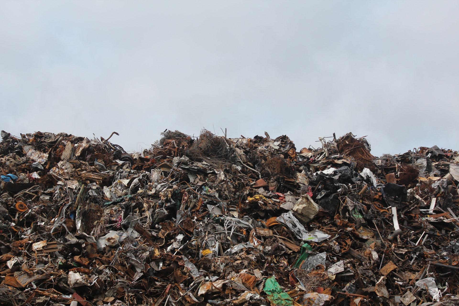 Mengelola Sampah Rumah Tangga